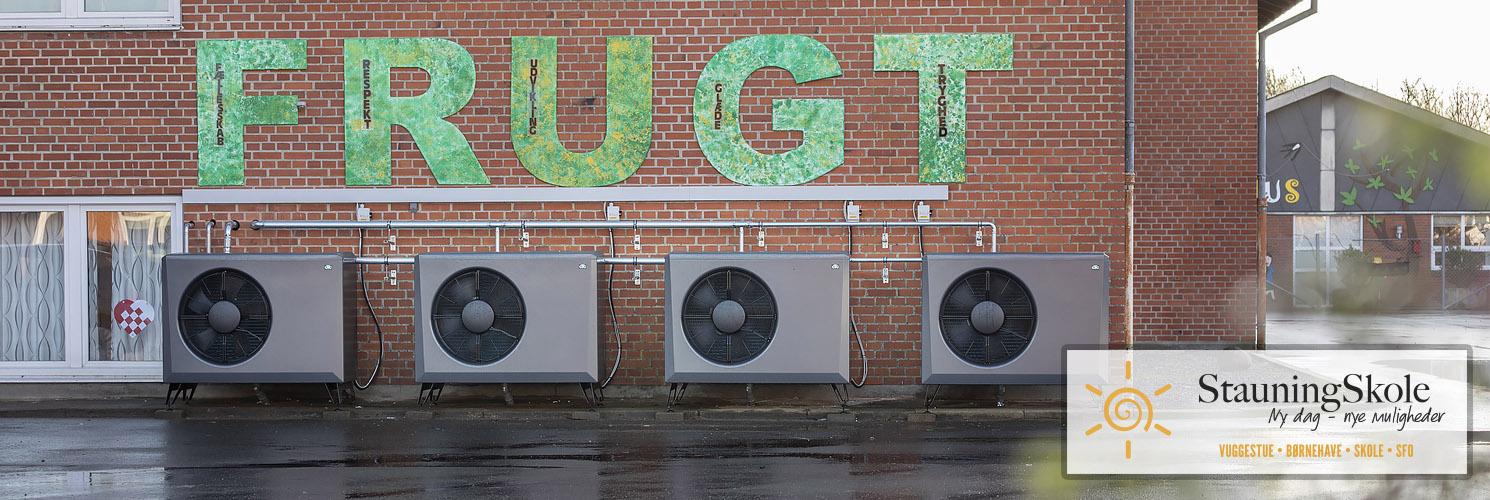 Stauning Skole med fire opsatte CTC luft til vand-varmepumper